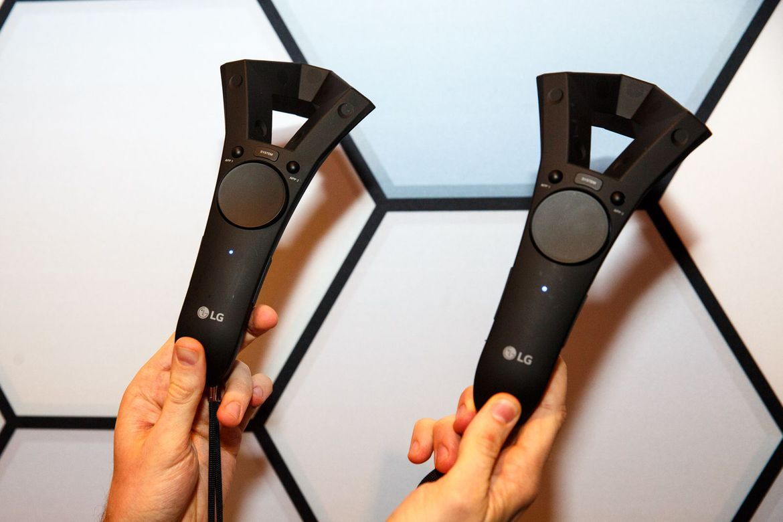 lg-vr-headset-prototype-gdc-2017-2