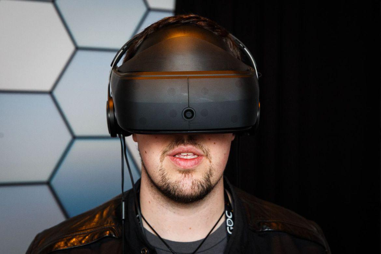 lg-vr-headset-prototype-gdc