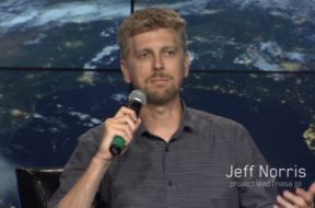 Apple-Hires-NASA-AR-Expert-Jeff-Norris