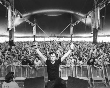 darude performing at music festival