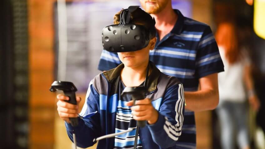 Preliminary Results Show That VR HMDs Have The Potential To Positively Impact Eyesight In Young Users