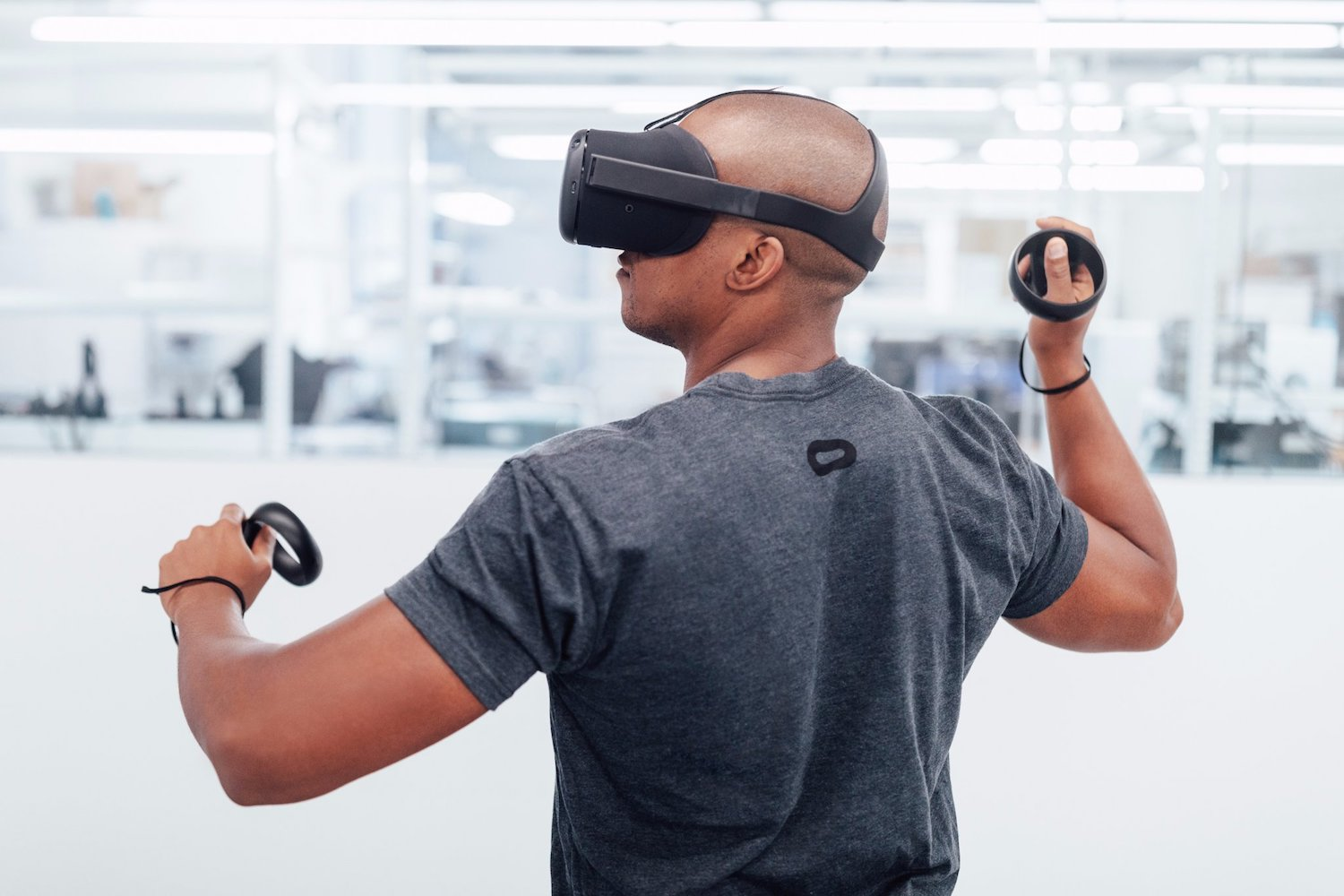 Oculus Has Begun Shipping The Santa Cruz VR Headsets To Developers