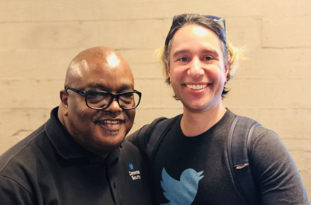 Director of VR/AR At Twitter Leaves Company After 18 Months