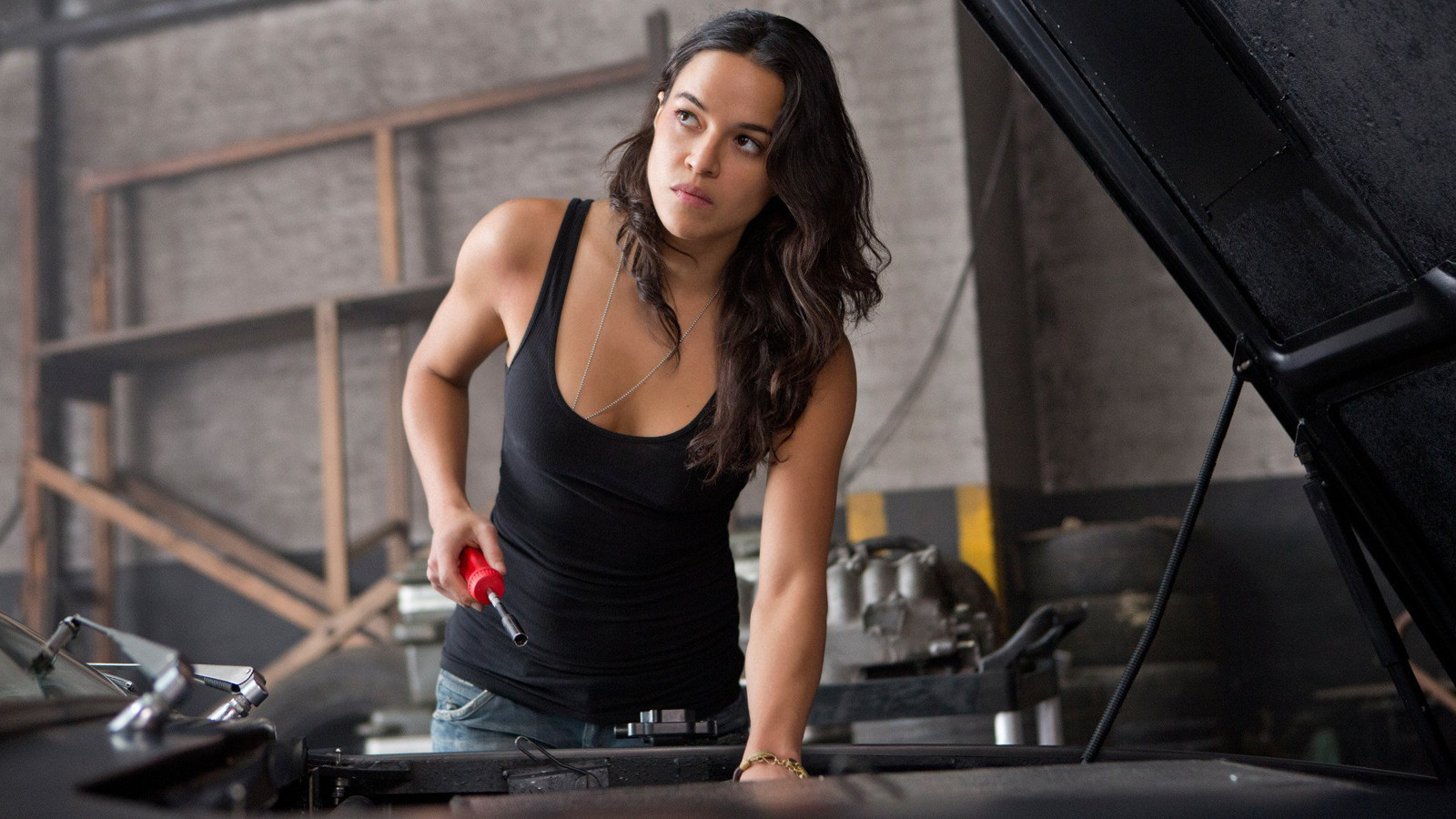 Michelle Rodriguez Will be Starring In A New VR Series Called 'The Limit'
